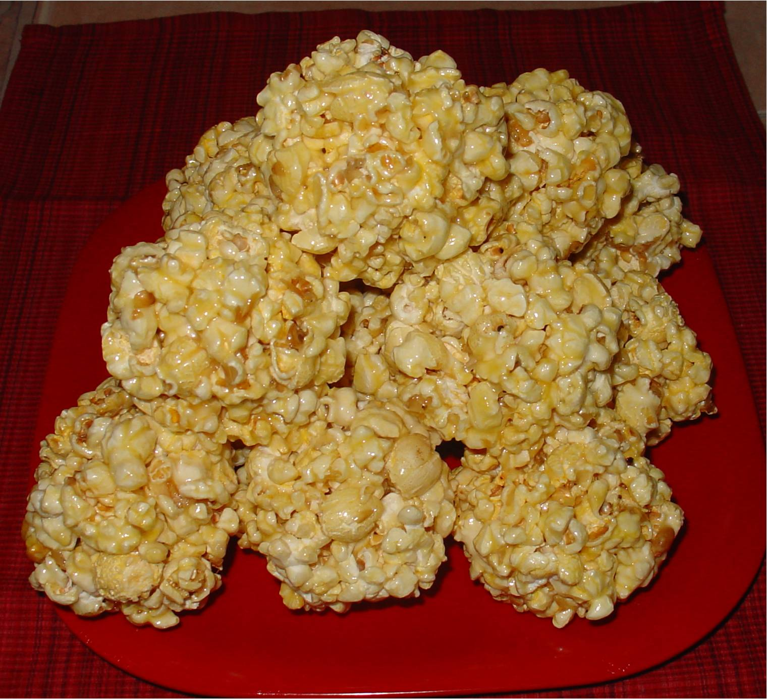 how to make marshmallow popcorn balls with microwave popcorn