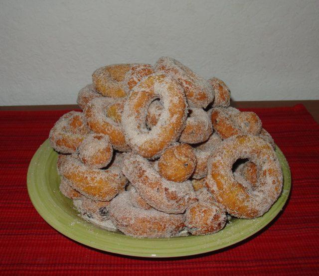 Pumpkin Cranberry Donuts